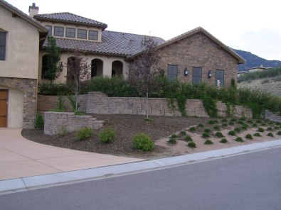 General Landscaping-Home modest front yard 1